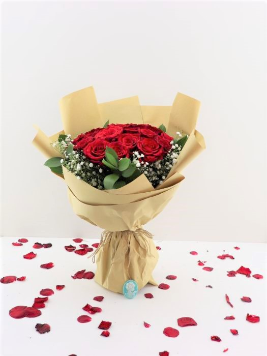 BRIGHT RED HAND BOUQUET