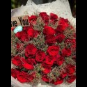 CHARMING RED HAND BOUQUET